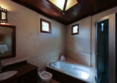 caribbean-luxury-rentals-villa-tuscany-puerto-rico-rio-mar-bathroom-2
