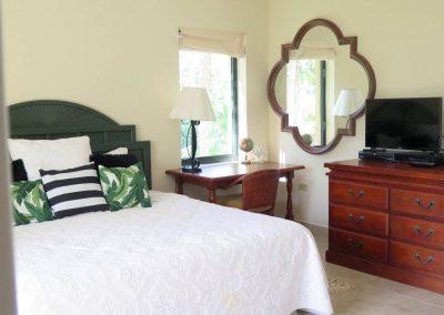 Caribbean-Luxury-Rentals-Ocean-Villa-New-Three-Bedroom-3