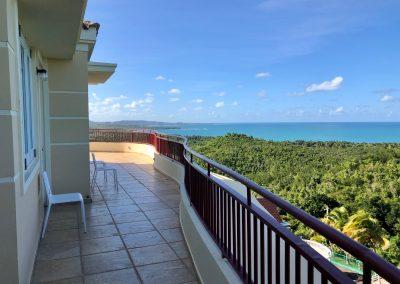 caribbean-luxury-rentals-puerto-rico-mansion-vacation-villa-claramar-fajardo-balcony-2